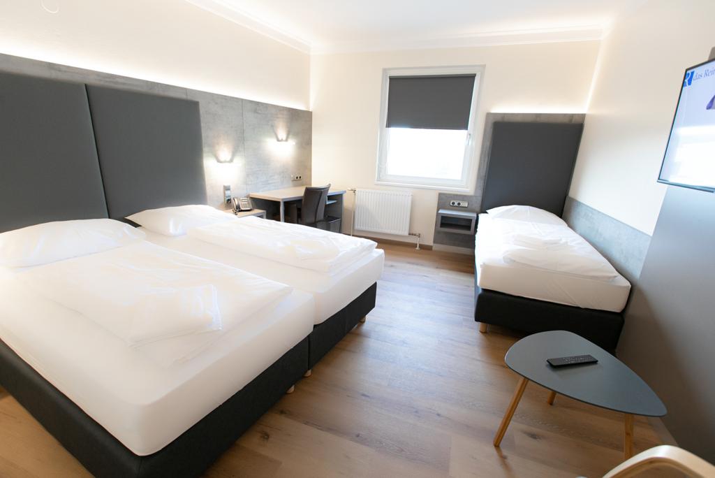 Just Rooms Dreibettzimmer